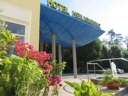 Hotel Heiligkreuz Eingang