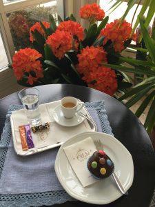 Espresso und Muffin - Hotel Heiligkreuz Hall bei Innsbruck