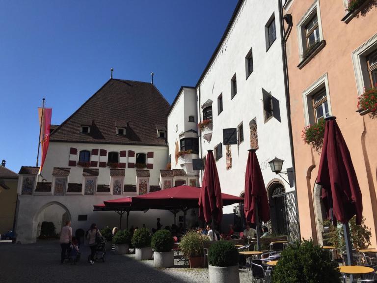 Haller Rathaus - Hotel Heiligkreuz