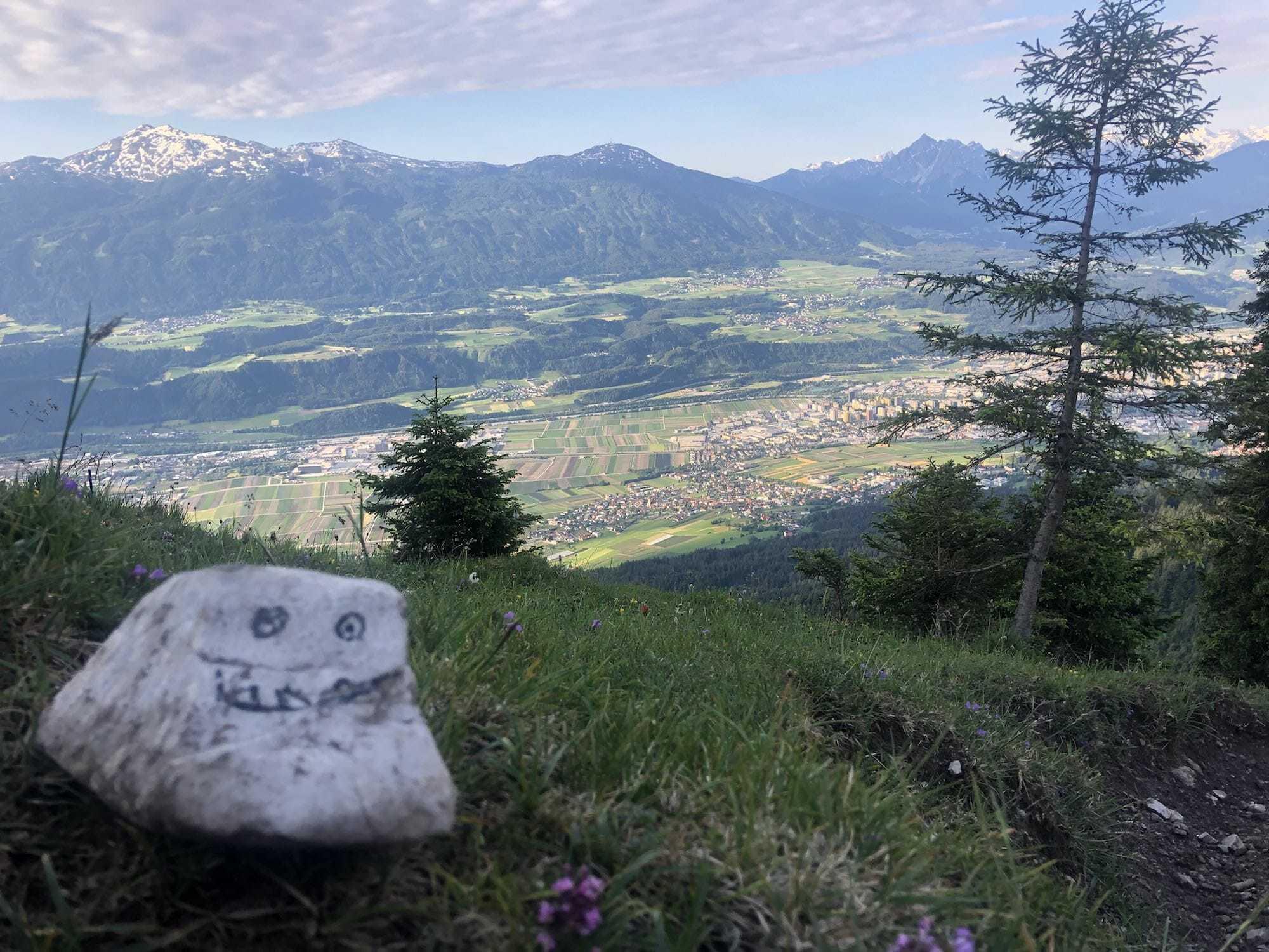 Zunterkopf über Hall und Innsbruck - Hotel Heiligkreuz