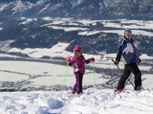 Winter Skifahren Hotel Heiligkreuz Hall bei Innsbruck